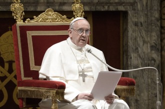 """El Papa pidió """"recuperar los bienes de delincuentes para ofrecerlos a la sociedad"""""""