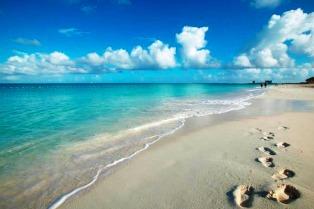Aruba se prepara para albergar la ceremonia de renovación de votos más grande del Caribe