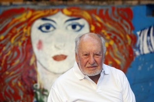 """""""Viví muchas vidas"""", dice Guillermo Roux, que presentará sus dibujos en el Bellas Artes"""