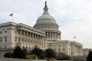 Legisladores llegan a un acuerdo para que el Senado apruebe las sanciones contra Rusia