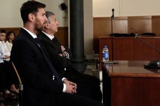 """Rechazaron tener a denunciante de Messi como """"amigo"""" del tribunal"""