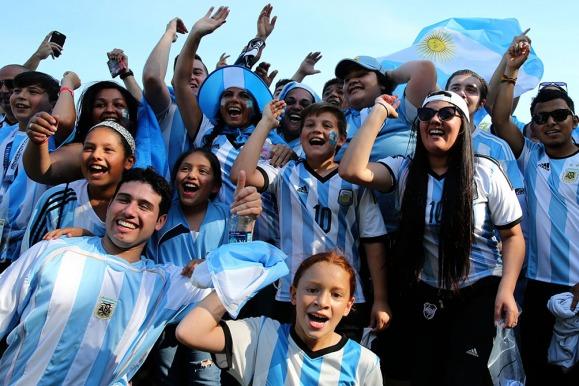 Argentina frente a panam con el color y calor de la for Espectaculos en argentina 2016