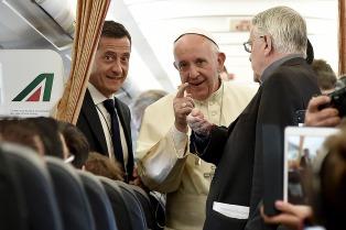 """""""Pregúnteselo al Padre Eterno"""", dijo el Papa consultado sobre cuándo viajará a Argentina"""
