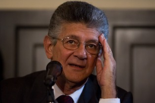 Fuerte réplica de la oposición venezolana al secretario general de la OEA