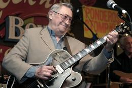 Muri� a los 84 a�os Scooty Moore, hist�rico guitarrista de Elvis Presley