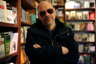 """Fabián Casas: """"Este libro es una especie de recuperación de la alegría"""""""