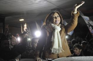 Cristina Kirchner comienza la gira de presentación de su libro