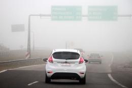 Una densa niebla complica el tr�nsito en los principales accesos a la Capital Federal