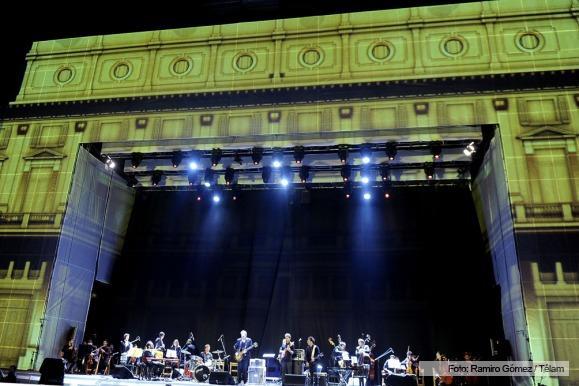 La noche de los 200 a os espect culo multimedia frente for Ciudad espectaculos argentina