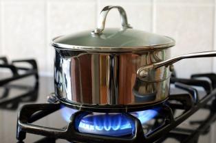 Defensores del pueblo reclaman inversiones y calidad en la prestación de servicios de gas para autorizar aumentos