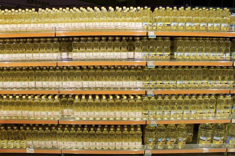 Acordaron un aumento tope de 4% para el aceite mezcla y 6% para el de girasol