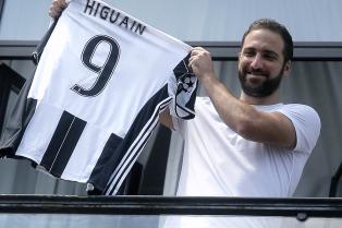 """Higuaín dijo que lo """"masacraron"""" por su pase de Nápoli a Juventus"""