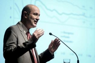 El BCRA fijará la tasa de interés de referencia cada 15 días, anunció Sturzenegger