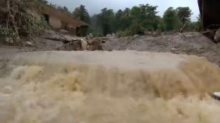 La tormenta tropical Priscilla llegó a las costas mexicanas con vientos de 65 kilómetros