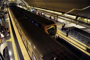 Comenzó a las 21 el paro de subterráneos en las líneas A y H