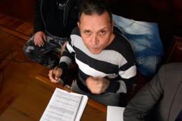 Piden 40 a�os para el disc jockey que abus� de sus hijas y viol� a su novia