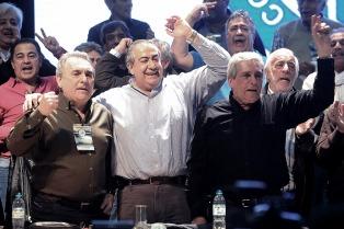 """Daer le contestó a Moyano: """"No es cierto que no haya libertad sindical en el país"""""""