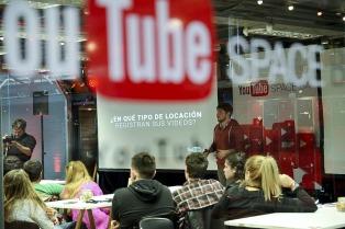 Bizarro, populismo y youtubero,  entre las candidatas a palabra del año