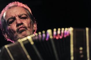 """Rodolfo Mederos volvió con """"Generación Cero"""": la traición como forma de compromiso musical"""