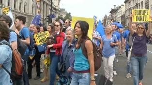 La mayoría de los británicos prefiere no salir de la UE y respalda un nuevo referéndum