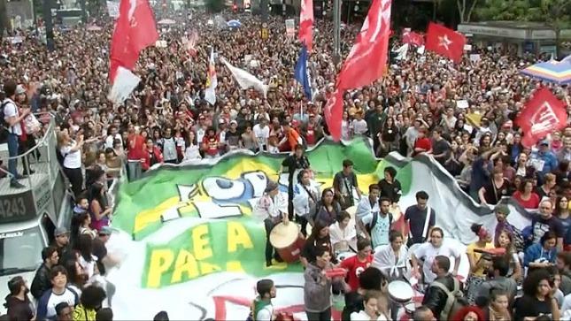 Movimientos sociales brasileños presentan pedido de juicio político contra Temer
