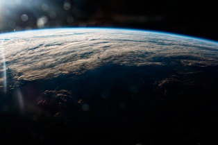 Space X lanzó dos satélites para brindar Internet