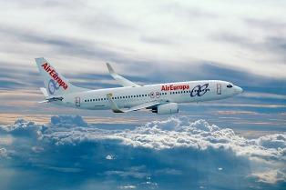 El primer vuelo directo Madrid-Puerto Iguazú llegará el viernes
