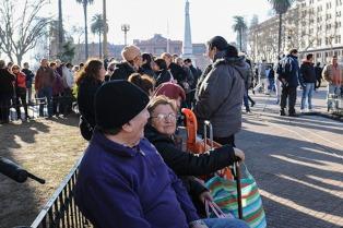Regalaron 20 mil kilos de verduras en Plaza de Mayo
