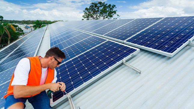 Claves del proyecto para que los usuarios puedan inyectar energía renovable a la red eléctrica