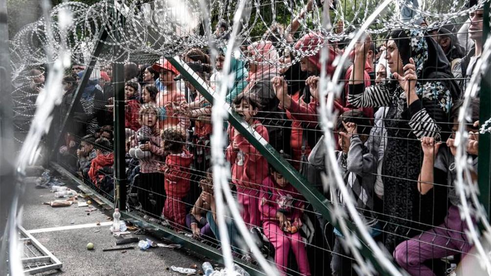 Exigen a la UE pagar la valla antirrefugiados de 1.500 millones de euros