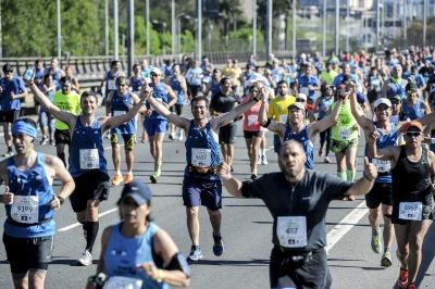 Un keniata ganó la maratón de Buenos Aires: lo hizo en dos horas y cinco minutos