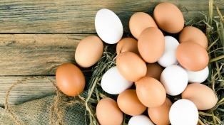 Escasez en las góndolas y suba en el precio de los huevos