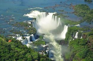 Por obras en el aeropuerto, los vuelos a Puerto Iguazú serán desviados a Foz