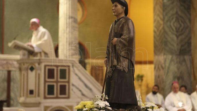 20 mil personas siguieron la canonización — Villa Cura Brochero