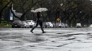 Alerta por tormentas fuertes y ocasional caída de granizo en Capital y conurbano