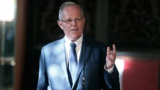 Kuczynski pide la copia de la moción de destitución para preparar su defensa