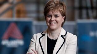 Sturgeon pedirá a Londres un referendo de independencia para 2020
