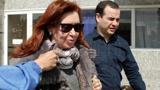 Denuncian a Cristina Kirchner por el relato del ataque a la gobernación de Santa Cruz