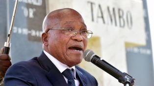 Abucheos a Zuma obligaron a suspender el acto del 1° de Mayo