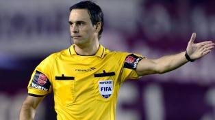 Patricio Loustau será el árbitro entre Ecuador-Chile