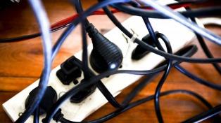 Demuestran que se pueden robar datos de equipos sin Internet a través de la red eléctrica