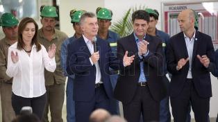 """Macri renovó el compromiso de hacer del transporte público un lugar """"seguro, accesible y confortable"""""""