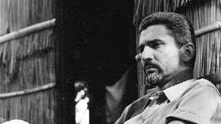 Francisco Madariaga: poesía reunida de una voz universal
