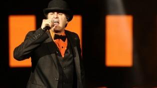 Rock, blues y agite para un nuevo pacto entre Ciro y su público