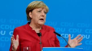 Merkel se reunió con Erdogan y pidió por la libertad de expresión