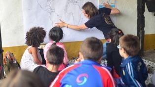 Libros, arte y playa para chicos en el festival de literatura y arte infantil en Pinamar