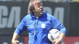 Zielinski confirmó el equipo para visitar a Boca con Cerro por Acuña