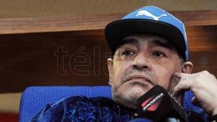 Maradona confirmó que irá a Cuba por los funerales de Fidel