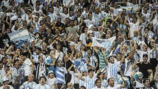 El aliento de la hinchada argentina no alcanzó en Zagreb