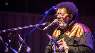 La fusión como elemento vital en el paso de Rubén Rada por el Festival de Jazz